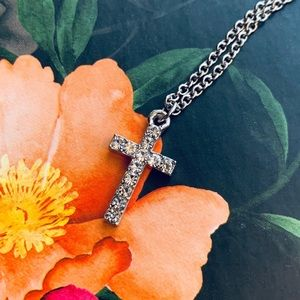 🎉5 for $25🎉 Silver Diamond Cross Necklace